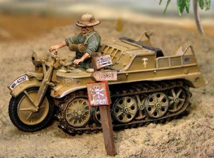 60mm Metal Afrika Korp DAK Kettenrad w/driver ( 1 fig )