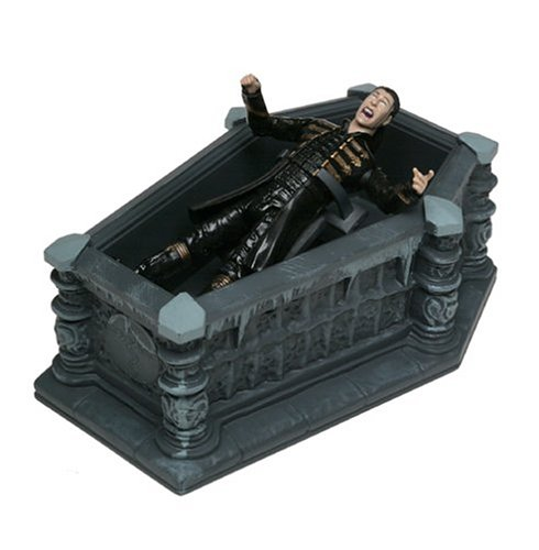 "Van Helsing Series II 4.75"" Deluxe Figure with Playset: Dracula"