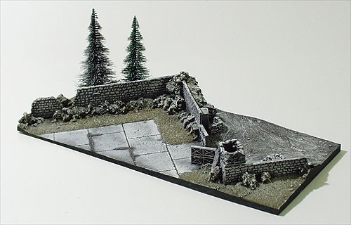 Micro-D Diorama with Display Box Depot Winter